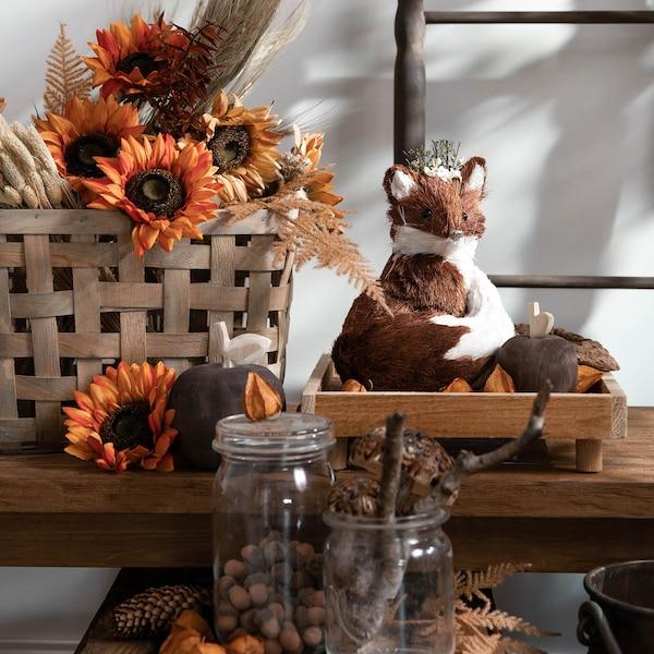 Bunte Herbststimmung mit Deko-Fuchs