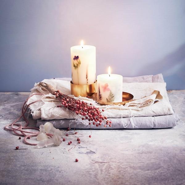 Kerzenduo mit Trockenblumen