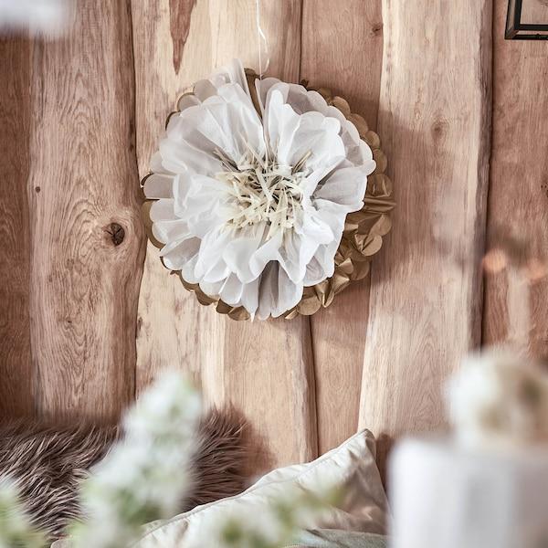 Pompom Blüte, weiß