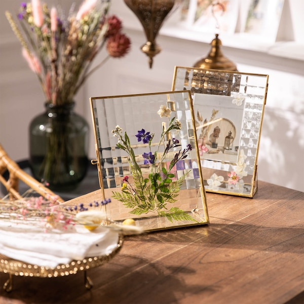 Gepresste Blüten-Deko